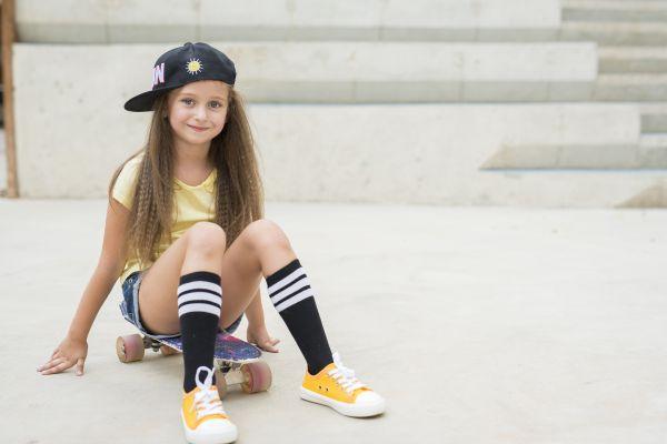 Недороге дитяче взуття, що не пошкодить ноги